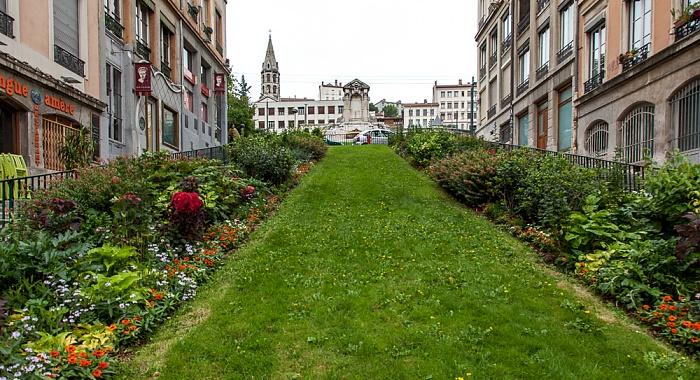 Lyon La Croix-Rousse: Montée de l'Amphithéâtre Église du Bon-Pasteur Fontaine Burdeau