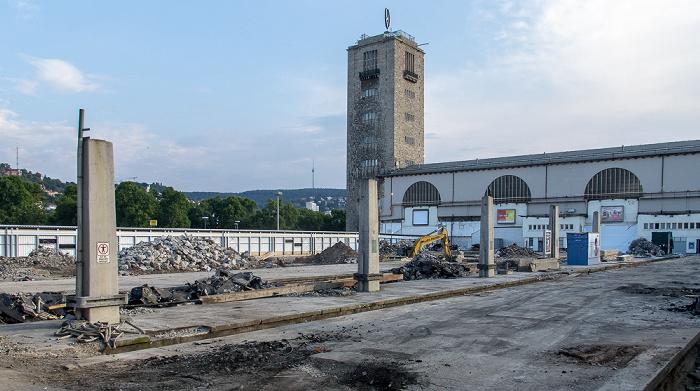 Hauptbahnhof: Abrissarbeiten für Stuttgart 21 Fernsehturm