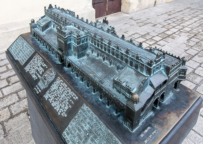Stare Miasto: Hauptmarkt (Ring, Rynek Glówny) - Modell der Krakauer Tuchhallen (Sukiennice)