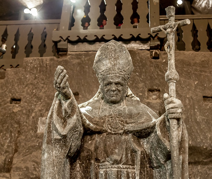 Salzbergwerk Wieliczka: Kapelle der Heiligen Kinga - von obere Sohle II, 92 m Tiefe bis untere Sohle II, 101 m Tiefe