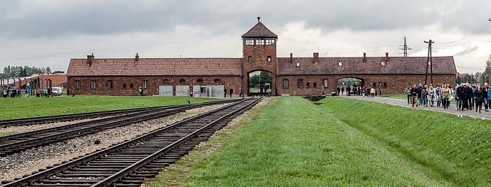 Staatliches Museum Auschwitz-Birkenau: Konzentrationslager Auschwitz-Birkenau - Einfahrtsgebäude