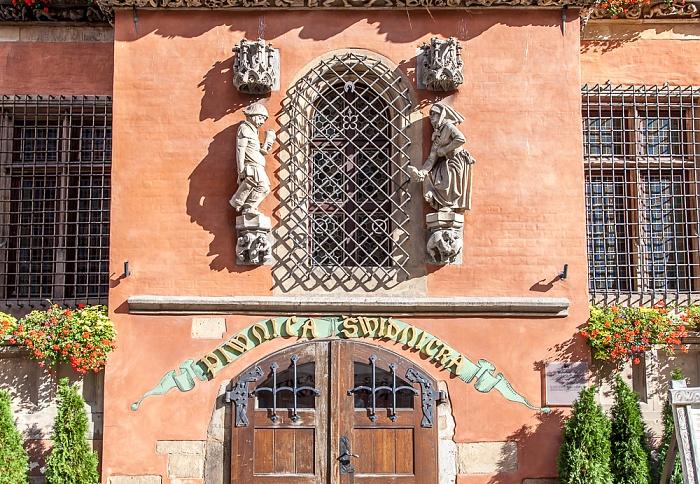 Stare Miasto: Großer Ring (Rynek) - Breslauer Rathaus: Eingang zum Schweidnitzer Keller