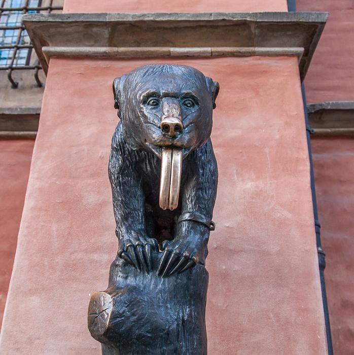 Stare Miasto: Großer Ring (Rynek) - Breslauer Rathaus: Brunnenbär