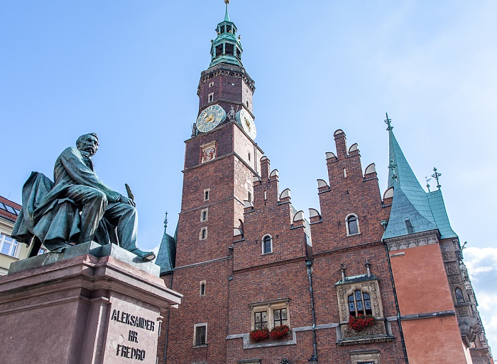 Stare Miasto: Großer Ring (Rynek) - Aleksander-Fredro-Denkmal und Breslauer Rathaus