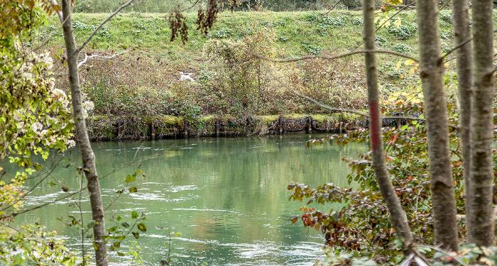 Pullach im Isartal Isarwehrkanal