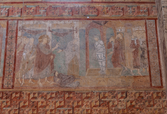 Reichenau Oberzell: Basilika St. Georg - Langhaus Südseite mit dem Fresko Die Auferweckung des Lazarus