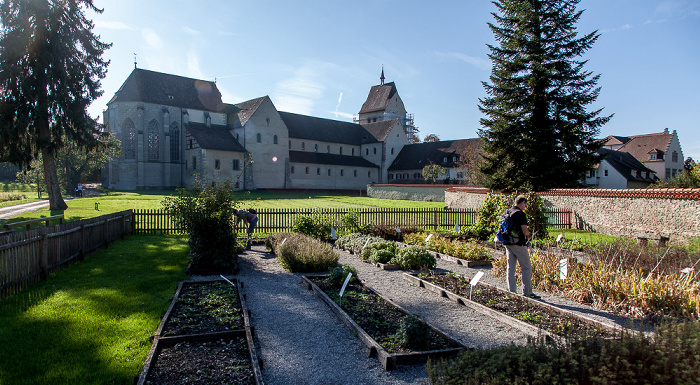 Mittelzell: Kloster Reichenau mit Klostergarten und Münster St. Maria und Markus