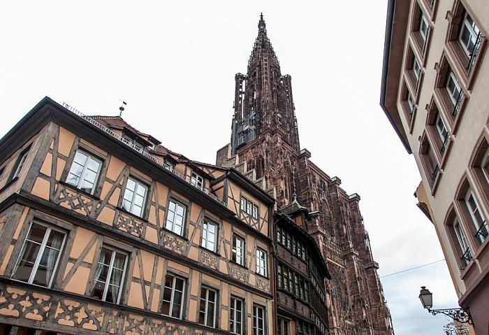 Grande Île: Place de la Cathédrale, Straßburger Münster (Cathédrale Notre-Dame de Strasbourg) Maison Kammerzell