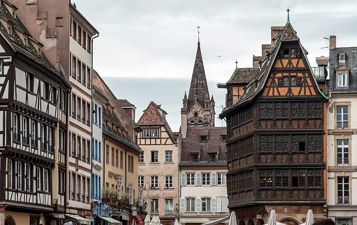 Straßburg Grande Île: Place de la Cathédrale Église du Temple-Neuf Maison Kammerzell
