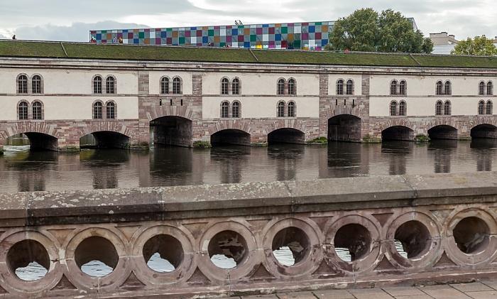 Straßburg Blick von der Pont Couverts: Quartier de la Gare - Barrage Vauban, Ill Musée d'art moderne et contemporain