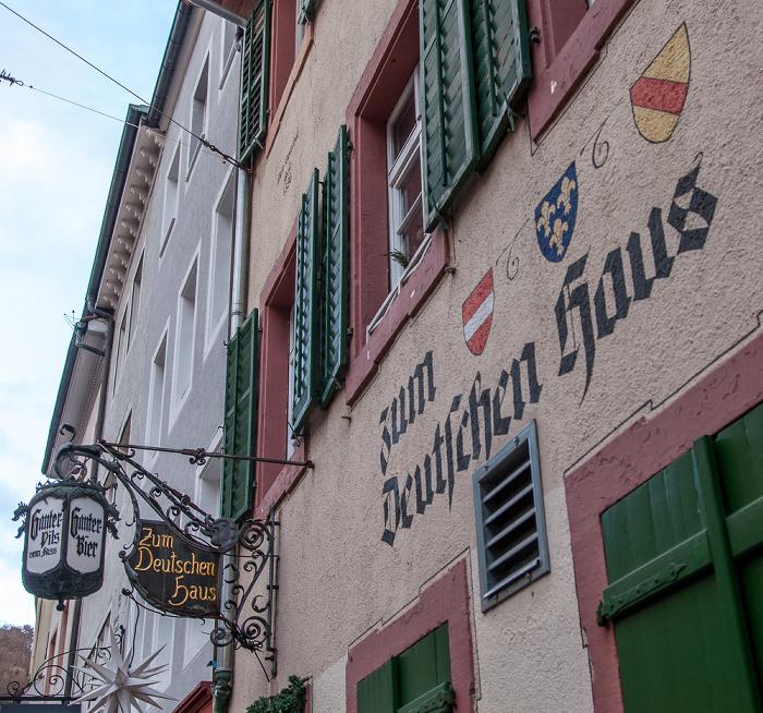 Freiburg Altstadt: Schusterstraße - Zum Deutschen Haus