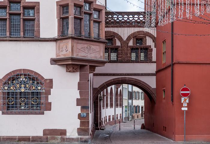 Freiburg Altstadt: Neues Rathaus (links) und Altes Rathaus