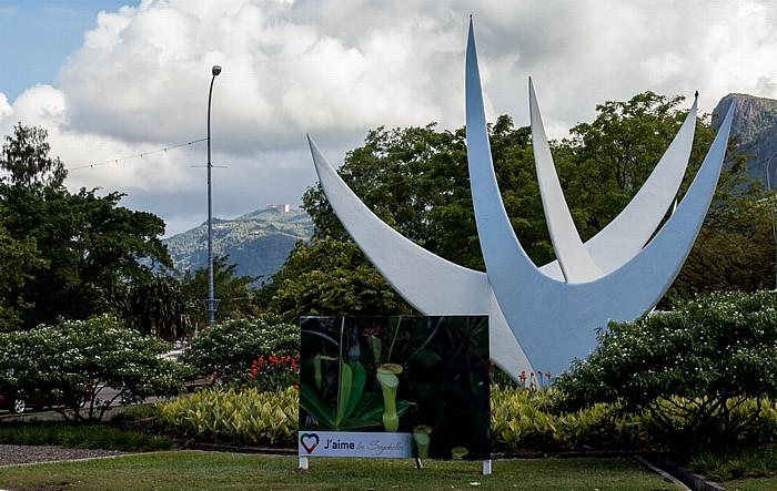 Victoria (Seychellen) Bicentennial Monument (Twa Zwazo)
