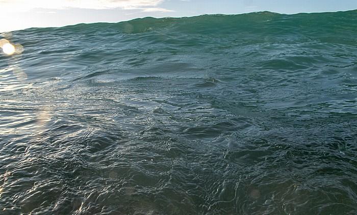 Beau Vallon Indischer Ozean: Ankommende Welle
