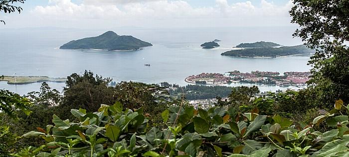 Mahé Blick von Mont Fleuri (Sans Soucis Road): Ste Anne Marine National Park (Indischer Ozean)