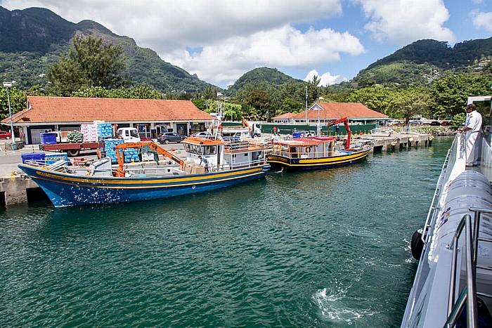 Victoria (Seychellen) Fähre Victoria (Mahé) - Baie Sainte Anne (Praslin): Port of Victoria