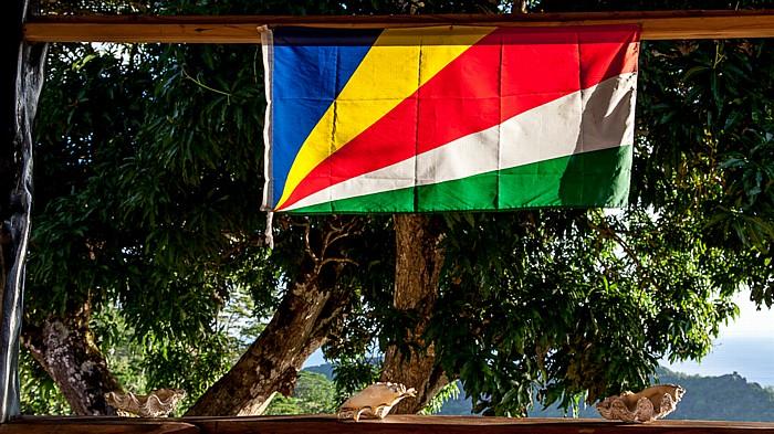 La Digue Belle Vue: Flagge der Seychellen