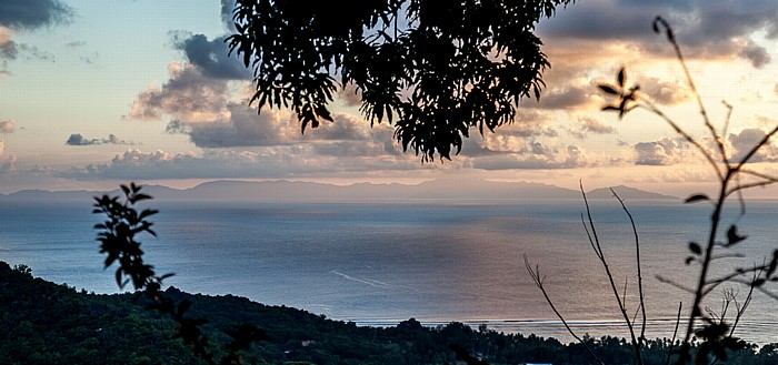 La Digue Blick von Belle Vue: Indischer Ozean und Mahé