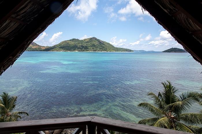 Praslin Blick aus dem Colibri Hotel: Baie Sainte Anne (Indischer Ozean)