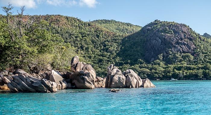 Indischer Ozean Praslin: Baie Pasquiere