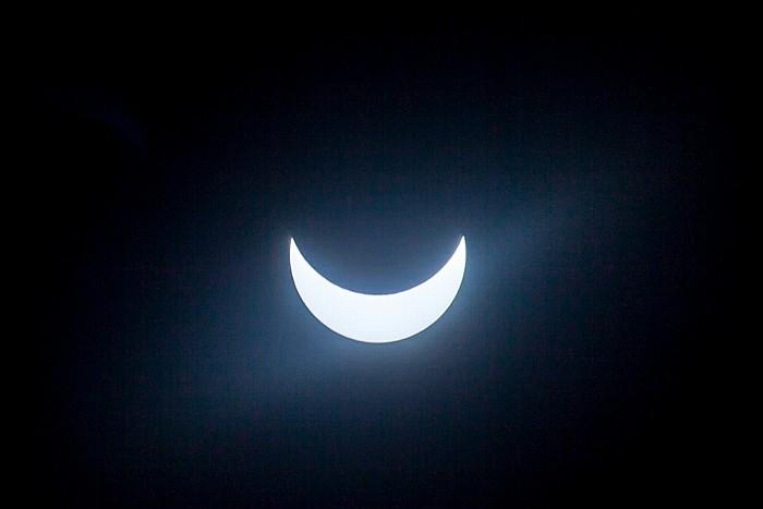 München (Partielle) Sonnenfinsternis 2015 (10:39 Uhr): Sonne und Mond - Maximale Bedeckung