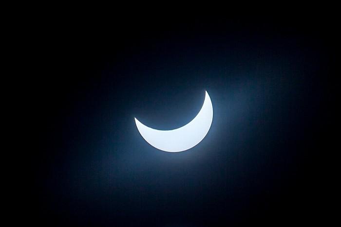 München (Partielle) Sonnenfinsternis 2015 (10:48 Uhr): Sonne und Mond