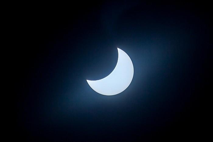 München (Partielle) Sonnenfinsternis 2015 (11:06 Uhr): Sonne und Mond