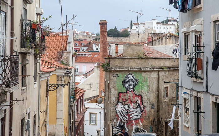Alfama: Largo Outeirinho da Amendoeira Lissabon