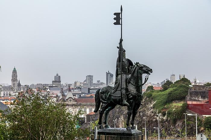 Porto Centro Histórico: Estátua de Vímara Peres (Reiterstandbild) Altstadt Câmara Municipal do Porto