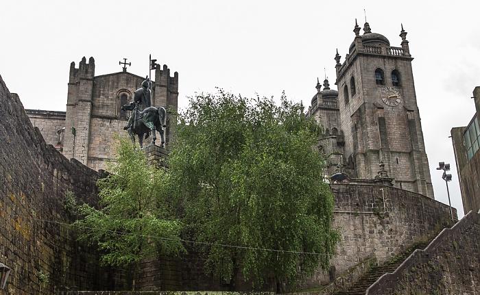 Centro Histórico: Sé Catedral do Porto und Estátua de Vímara Peres (Reiterstandbild)