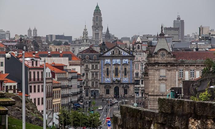 Porto Centro Histórico: Praça de Almeida Garrett, Igreja dos Congregados Câmara Municipal do Porto Estação de São Bento