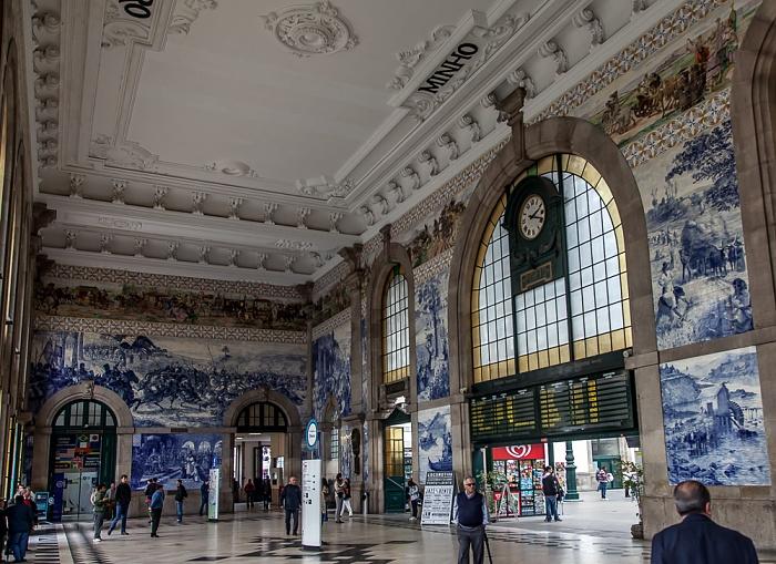 Estação de São Bento: Eingangshalle Porto 2015