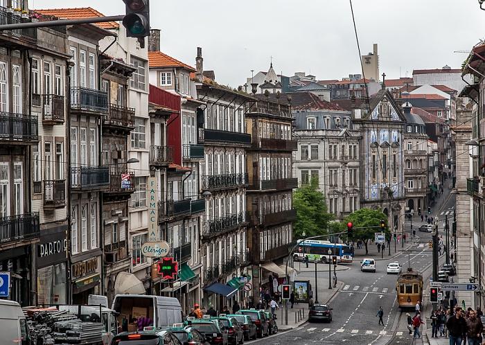 Porto Centro Histórico: Rua dos Clérigos Coliseu do Porto Igreja dos Congregados