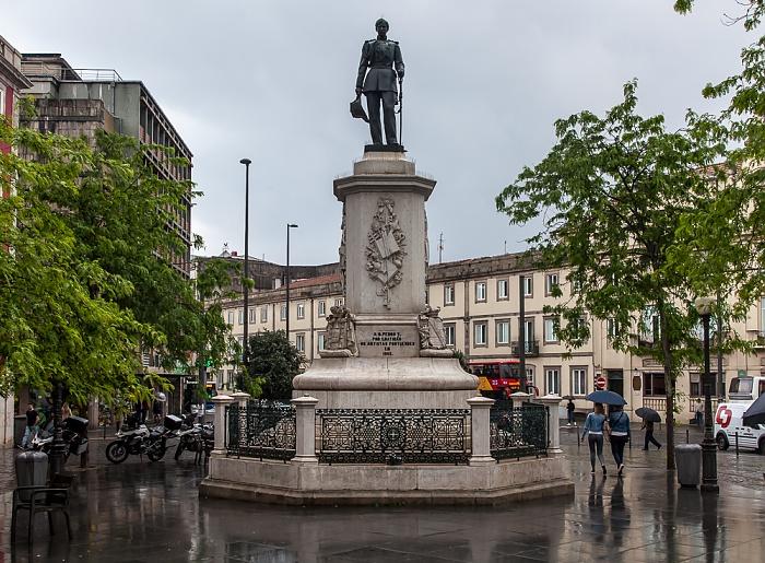 Porto Centro Histórico: Praça da Batalha - Monumento ao Rei D. Pedro V