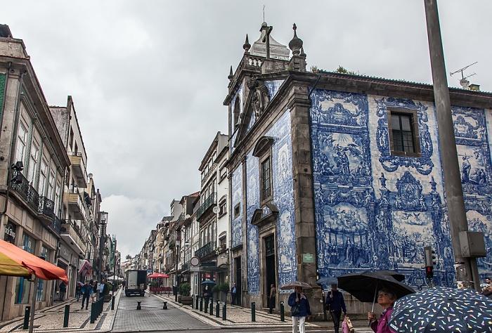 Porto Altstadt: Rua de Santa Catarina / Rua de Fernandes Tomás - Capela das Almas