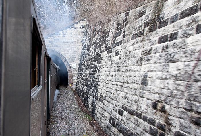 Schwarzwald Sauschwänzlebahn (Wutachtalbahn): Einfahrt zum Kleinen Stockhalde-Tunnel Grimmelshofen Kleiner Stockhalde-Tunnel Grimmelshofen