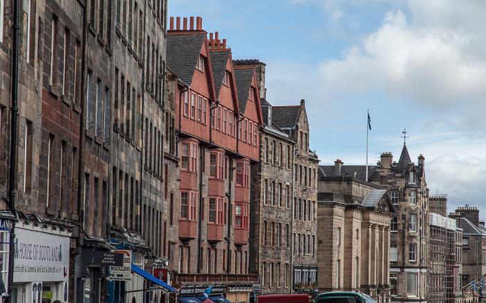Old Town: Lawnmarket / High Street (Royal Mile) Edinburgh
