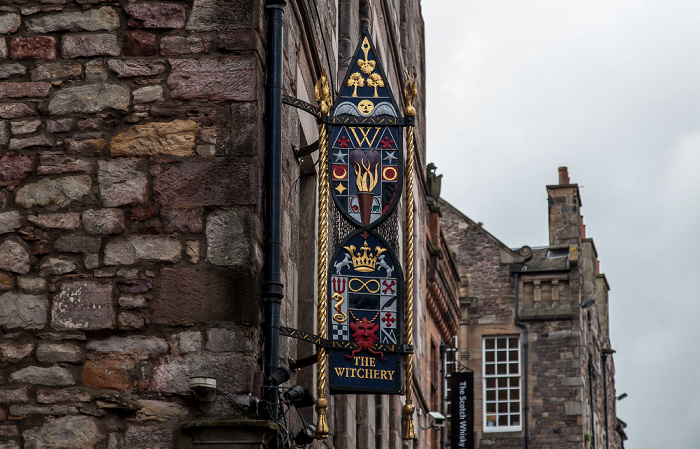 Old Town: Castlehill (Royal Mile) - The Witchery by the Castle Edinburgh