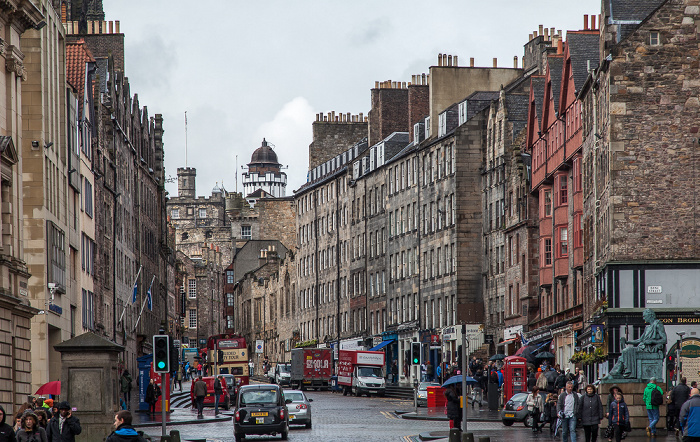 Old Town: High Street / Lawnmarket (Royal Mile) Edinburgh