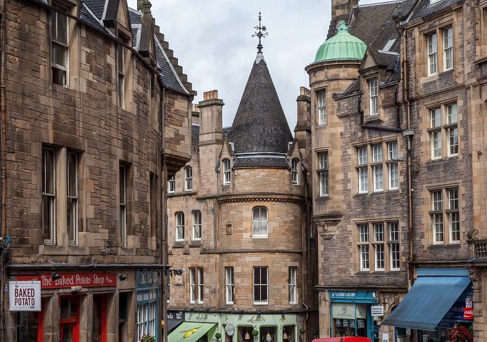 Old Town: Cockburn Street Edinburgh