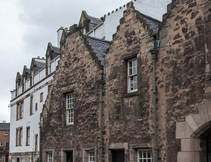 Edinburgh Old Town: Abbey Strand