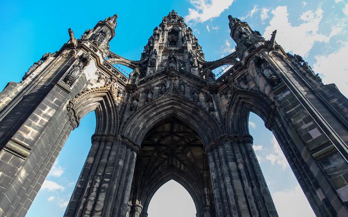 Edinburgh New Town: Princes Street Gardens - Scott Monument
