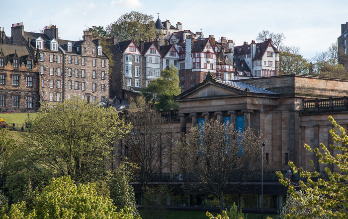 Edinburgh New Town: Princes Street Gardens und Scottish National Gallery