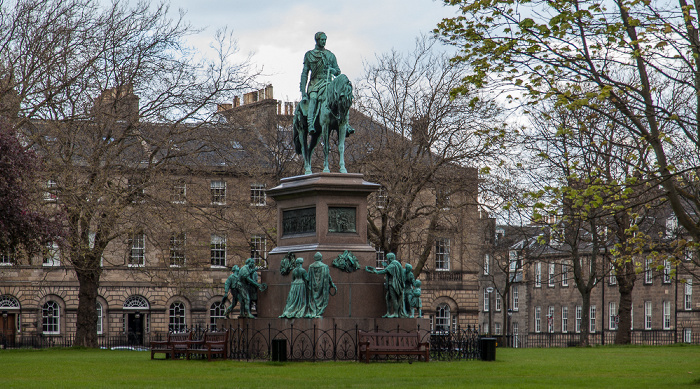 Edinburgh New Town: Charlotte Square - Prince Albert Memorial