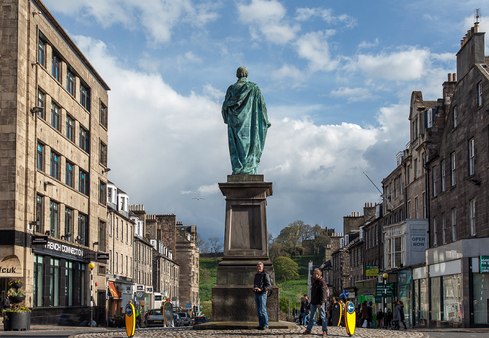 Edinburgh New Town: George Street - William Pitt Statue Frederick Street