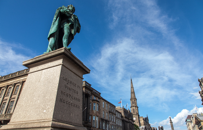 Edinburgh New Town: George Street - King George IV Statue St Andrew's and St George's West Church