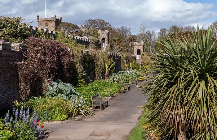 Maybole Culzean Castle Country Park: Fountain Court Clocktower Court