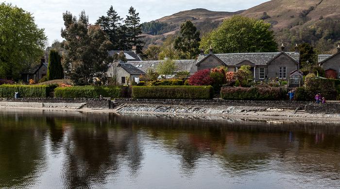 Luss Loch Lomond and The Trossachs National Park: Häuser am Loch Lomond