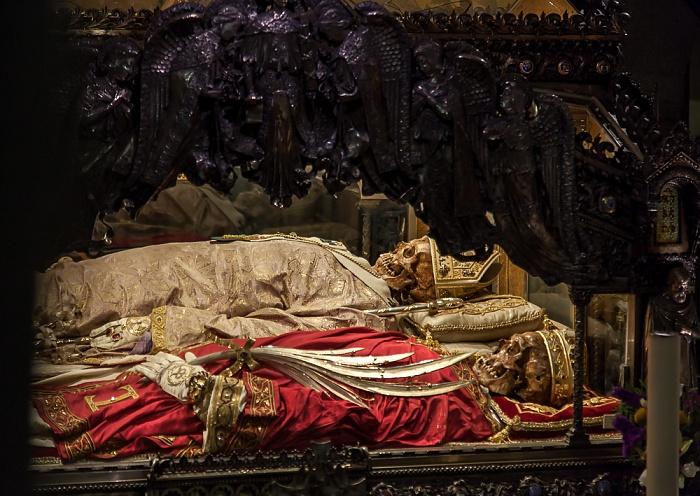 Mailand Basilica di Sant'Ambrogio: Gräber des Ambrosius, Protasius und Gervasius