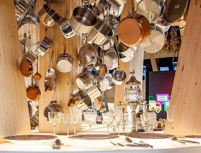 Mailand EXPO Milano 2015: Französischer Pavillon - Kochgeschirr und Essbesteck Französischer Pavillon EXPO 2015